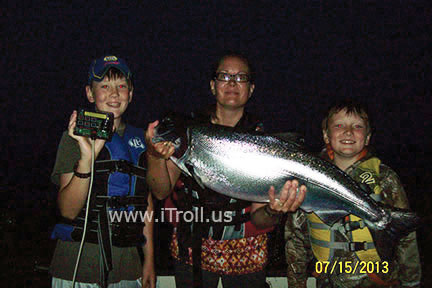 Night fishing with iTroll!